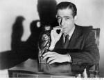 Humphrey_Bogart_Maltese_Falcon