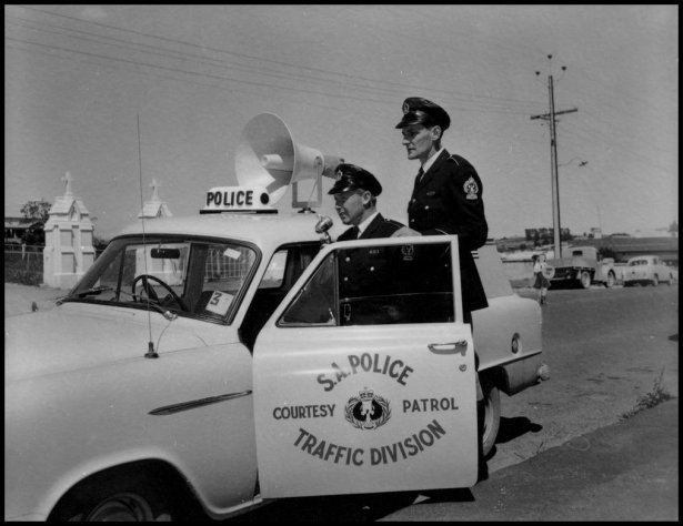 south_australia_police_traffic_division_courtesy_patrol_in_1959